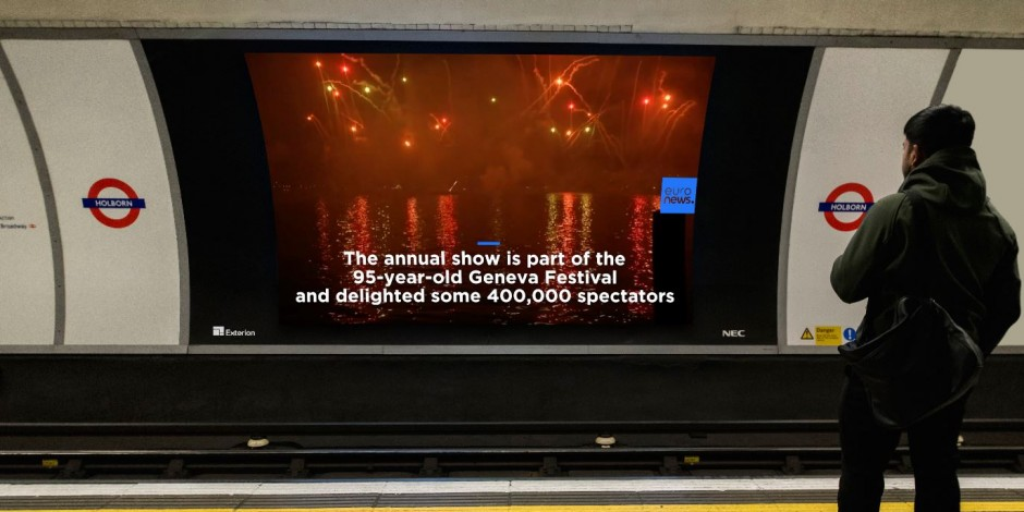 Exterion install new HD screens across TfL network